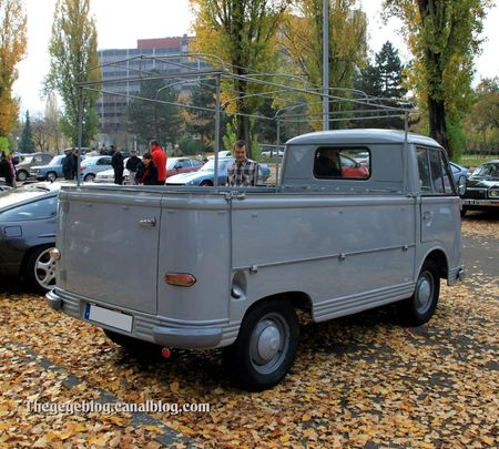 Ford taunus transit pick-up de 1965 (Retrorencard novembre 2011) 02