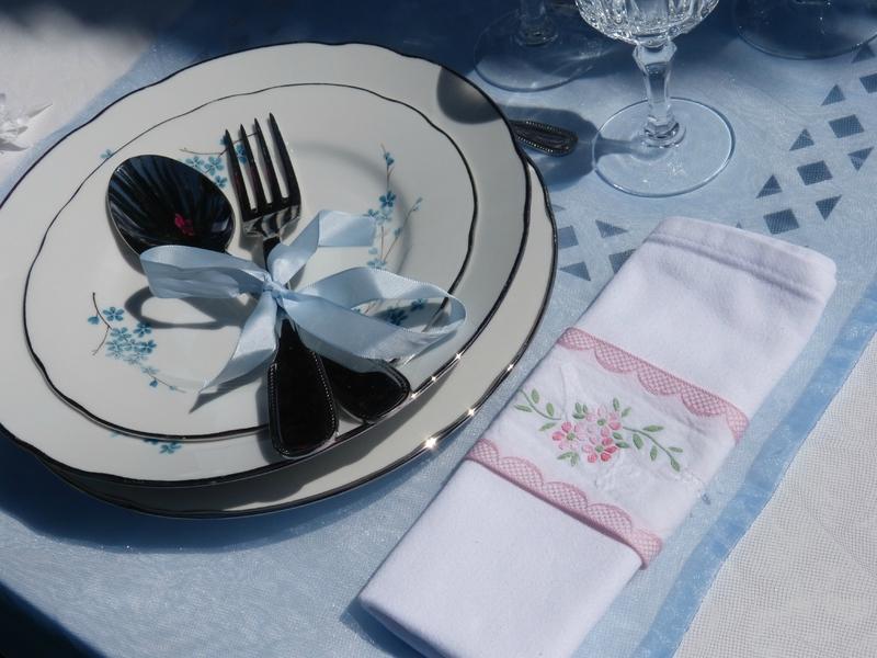 Table anniversaire de mariage noce d 39 meraude les d lices de th r se - 17 ans de mariage noces de saphir ...