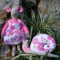 Souris rose et son copain l' escargot