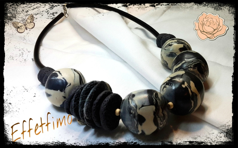 collier perles creuses noires et beiges 2 transformée(1)