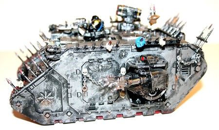 Land_Raider_du_Chaos_10