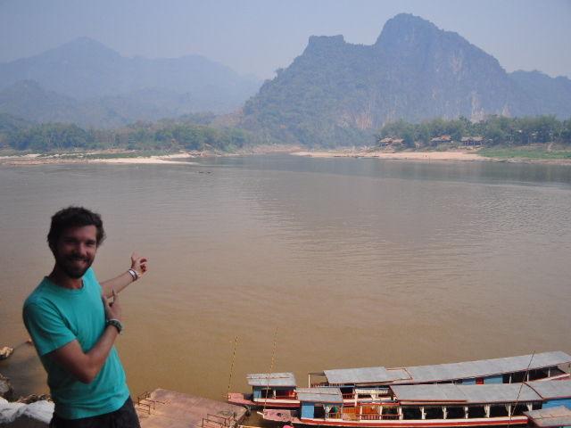 Laos 593