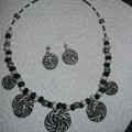 parure sucettes black and white