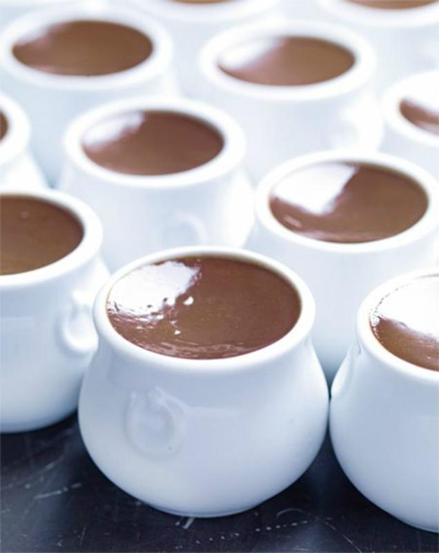 Petit-pot-au-chocolat-et-lait-d-amande