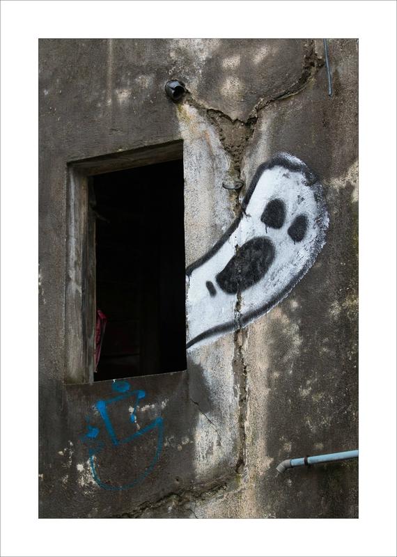 graff cri fantome fenetre 022016