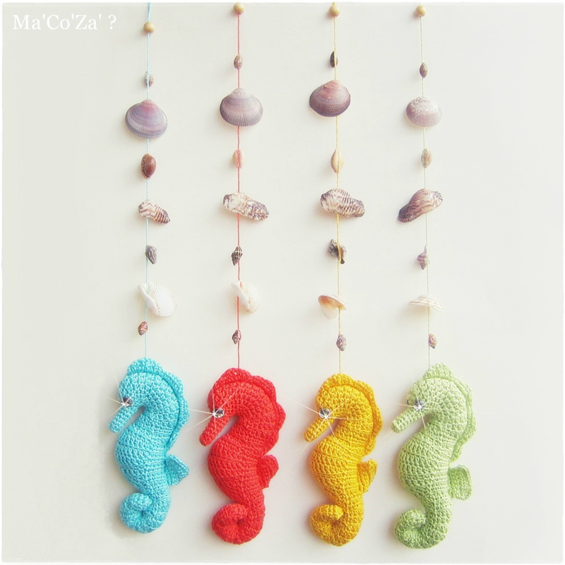 Mobile coquillages-hippocampe crochet (15cm)