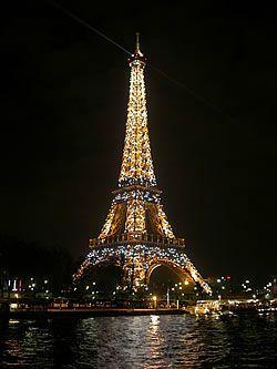 Tour_Eiffel_Nuit_250