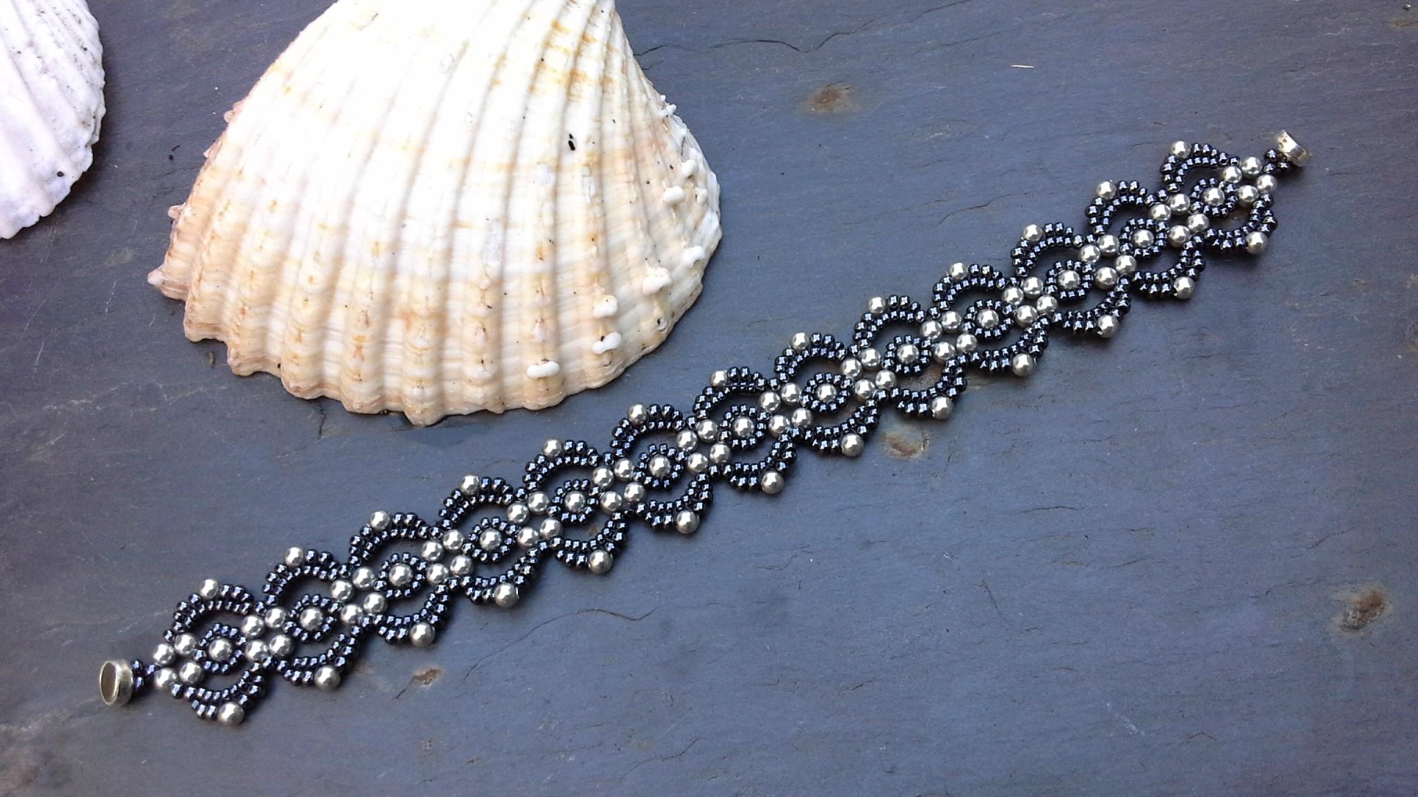 Bracelet lovely lace hematite 1