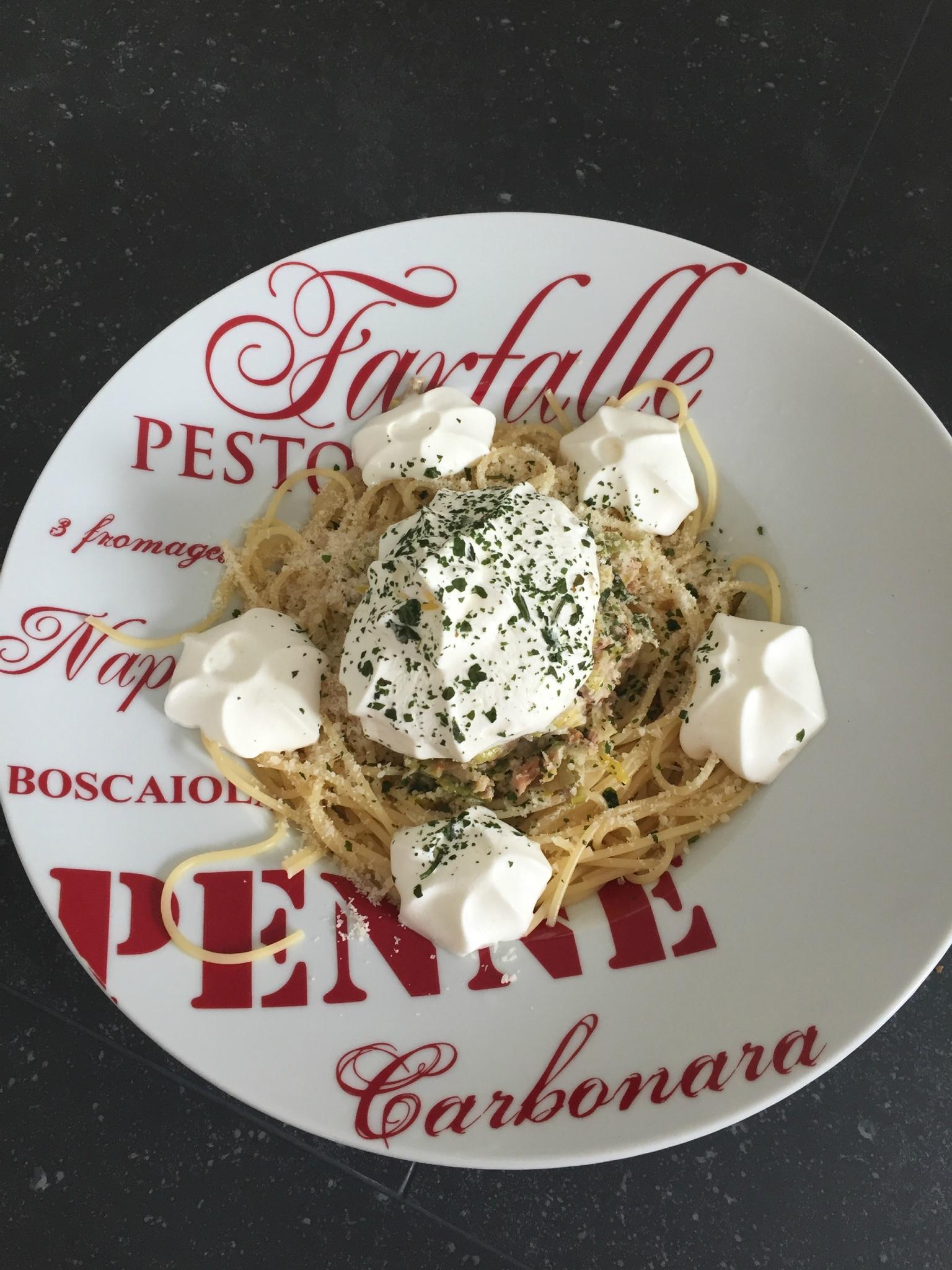 Spaghettis aux poireaux et au thon
