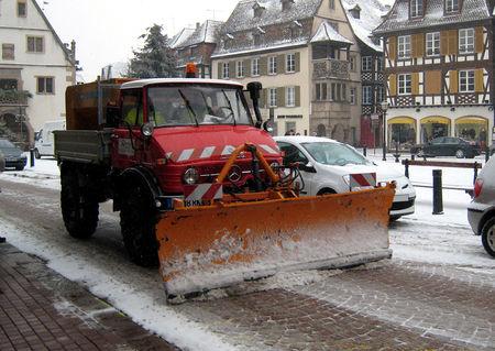 Mercedes_Unimog_chasse_neige__Obernai_