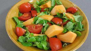 mache-en-salade-et-ses-brochettes-de-jambon-98378