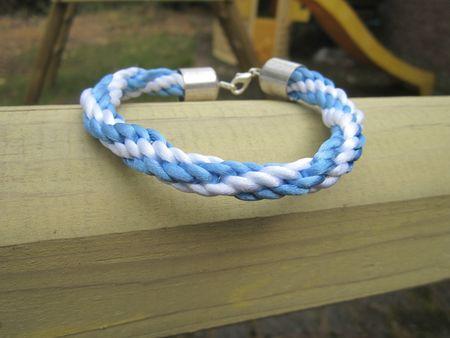 bracelet kumihino bleu et blanc 2