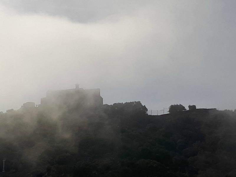 Notre-Dame du Mai dans les nuages