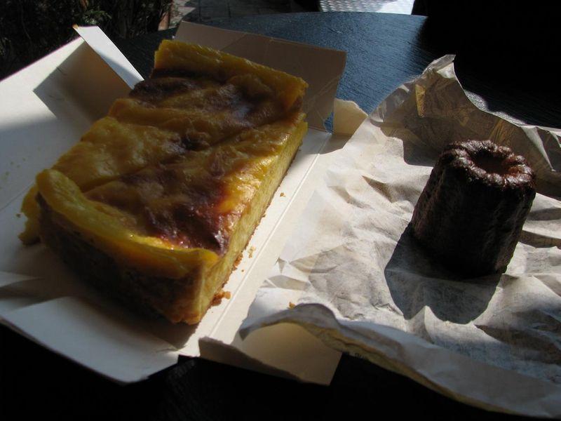 Petit-déjeuner avant la route pour Avize, mai 2010.