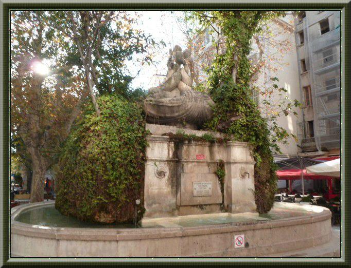 Restaurant Place Des  Dauphins Aix En Provence