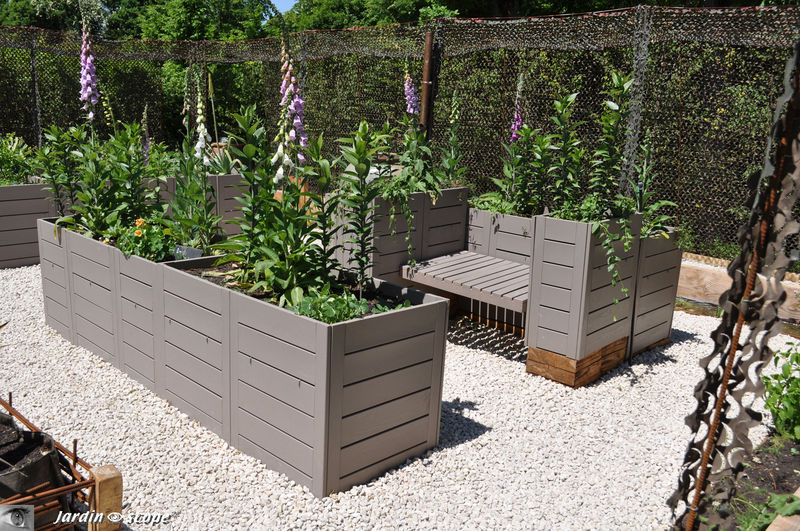 plan jardin potager sur lev maison image id e. Black Bedroom Furniture Sets. Home Design Ideas