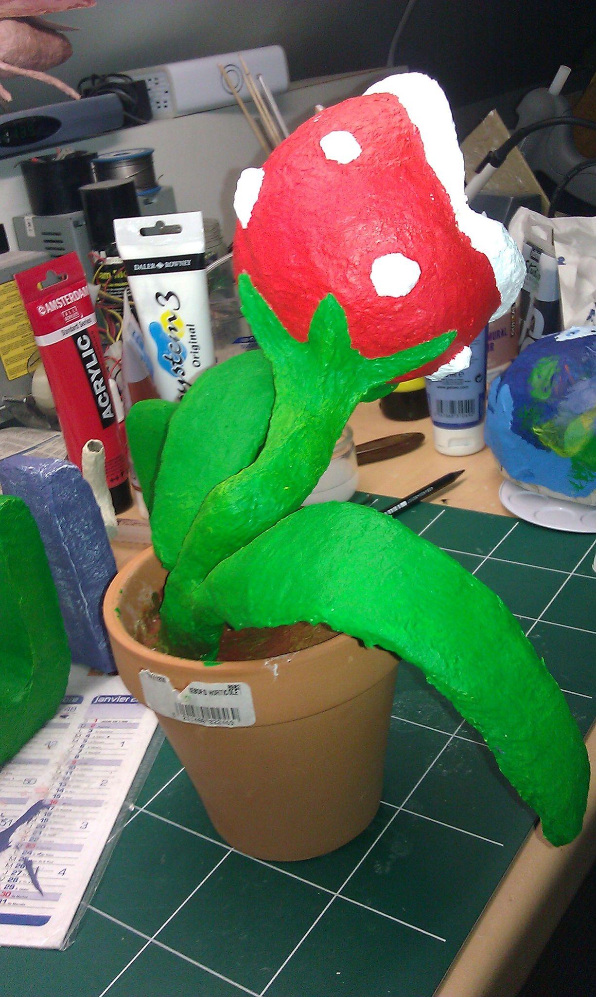 Plante carnivore mario plante piranha or audrey dans le film little shop of horrors 2 les - Plante carnivore mario ...