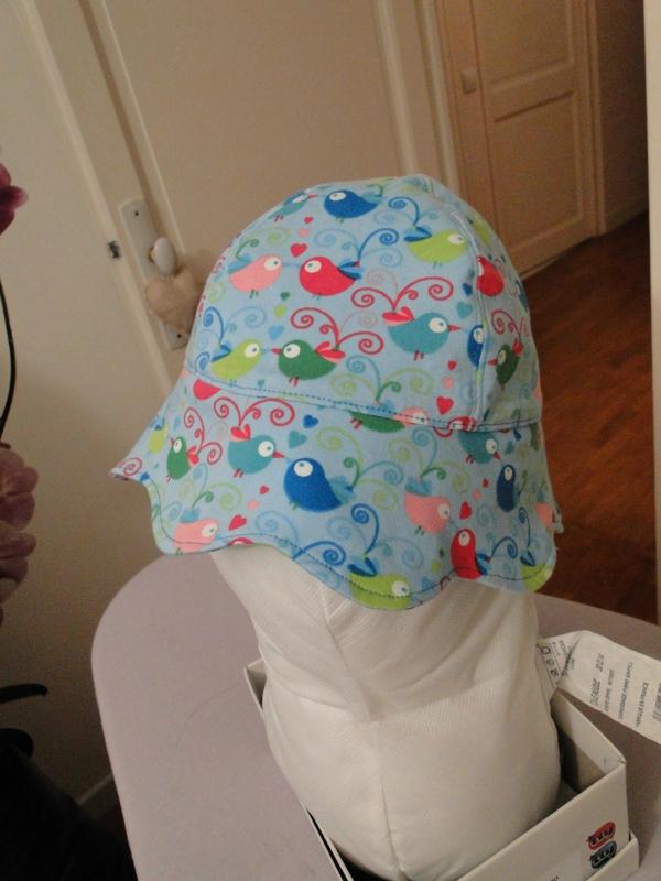 150514-chapeau