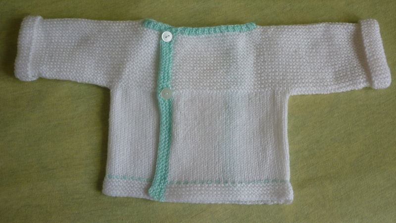 tricot brassiere naissance