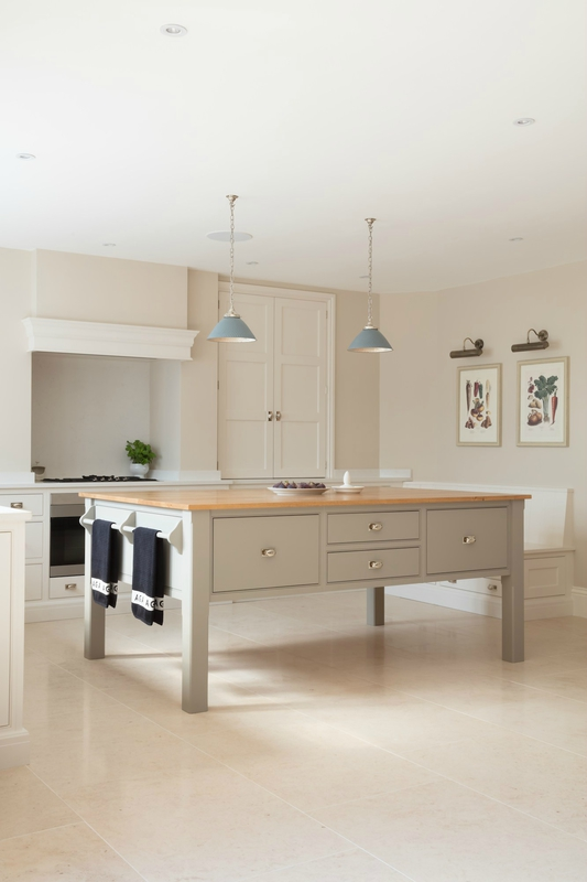 Bespoke-Family-Kitchen-Gerrards-Cross-Humphrey-Munson-10