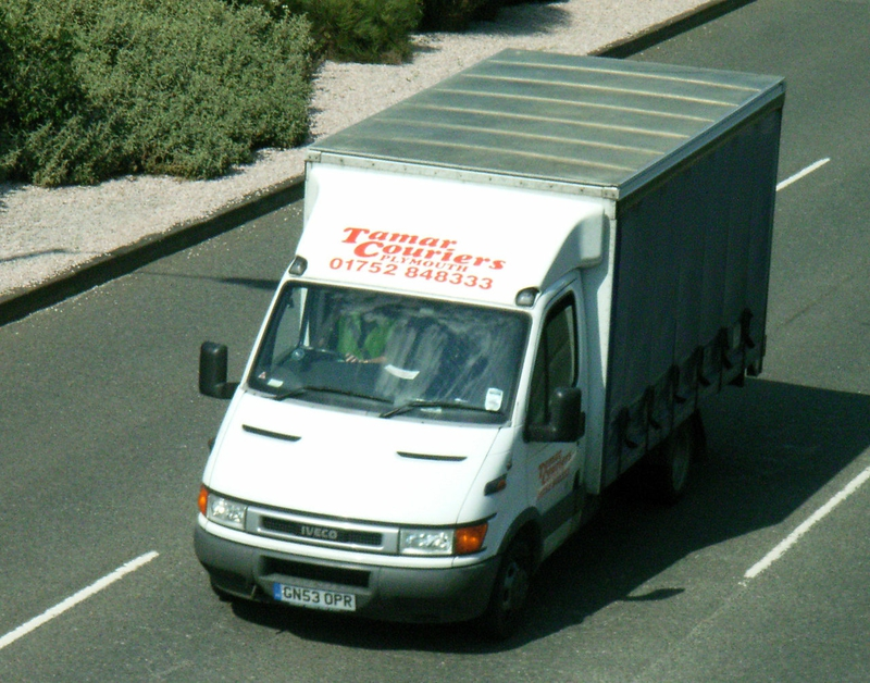 1280px-Tamar_Couriers_GN53OPR