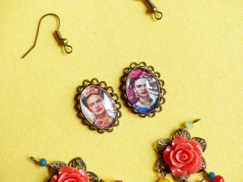 09-diy-bjijoux-boucles-oreilles-frida-kahlo-automne-bracelet-fleur-resine