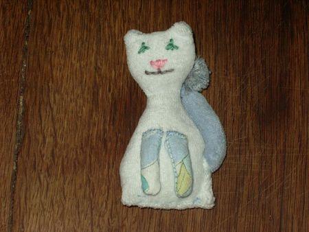 broche chat