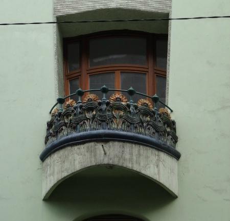 Art nouveau Café balcon