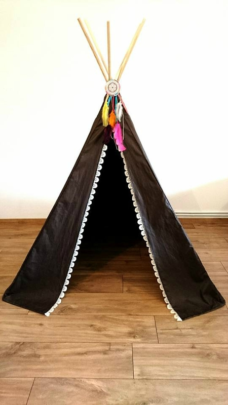 tipi pour les filles sc cr ations. Black Bedroom Furniture Sets. Home Design Ideas