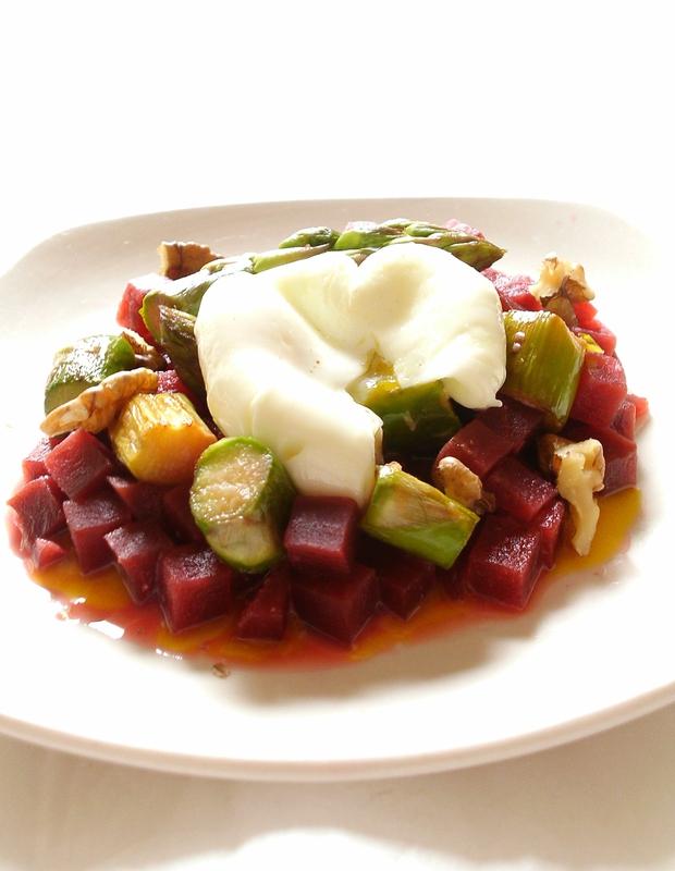 salade betterave, asperge et oeuf poché2