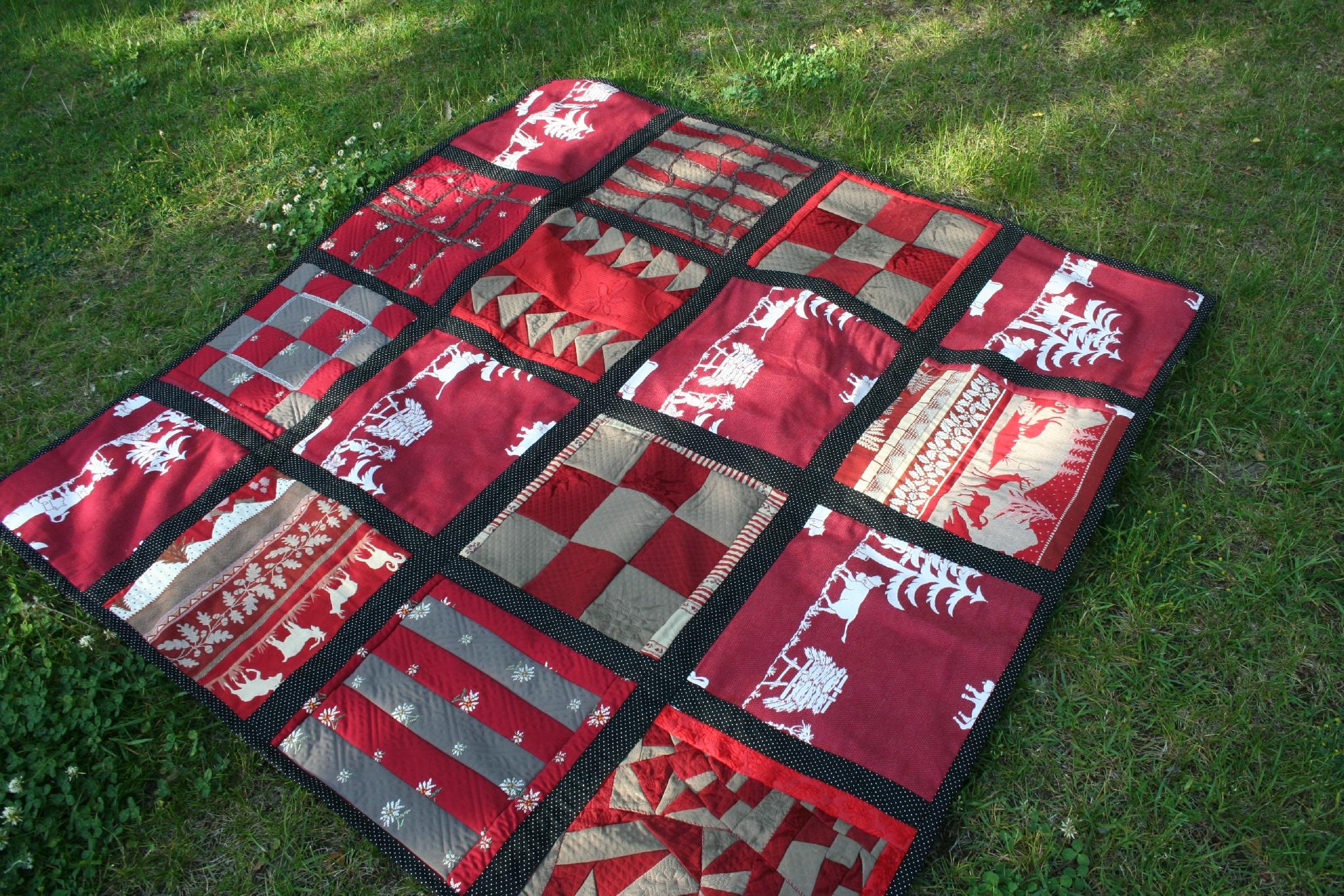 un patchwork compos de tissus de montagne couture au fil d 39 eau d 39 ile. Black Bedroom Furniture Sets. Home Design Ideas
