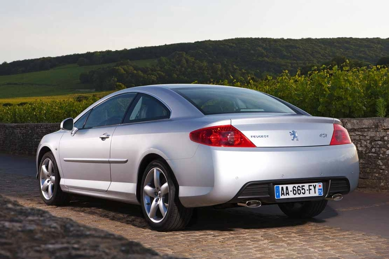 Peugeot_407_Coupe_002