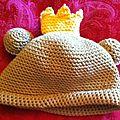 Bonnet grenouille grand de dos