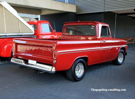 Chevrolet_C10_pick_up__1960_1966__RegioMotoClassica_2010__012
