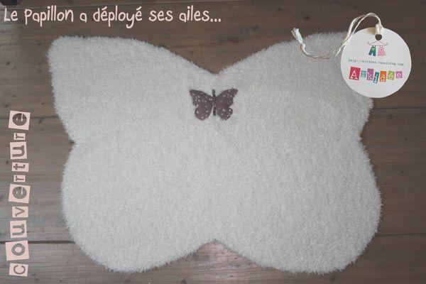 Couverture Papillon Ailes déployées