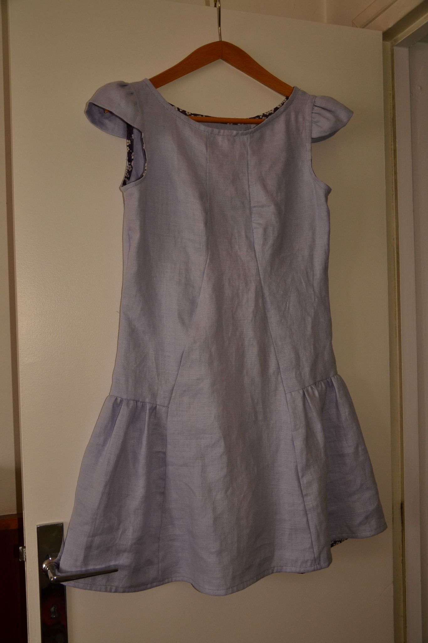 robe ann es 30 photo de y a pas que les enfants le trousseau de boucle d 39 or. Black Bedroom Furniture Sets. Home Design Ideas