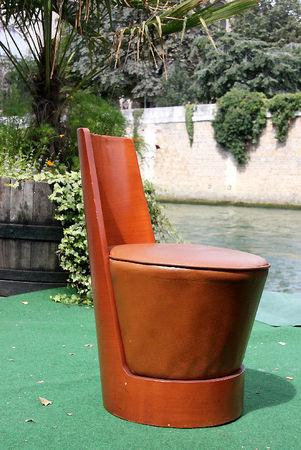 3_fauteuil_caf__quai_de_seine_3445