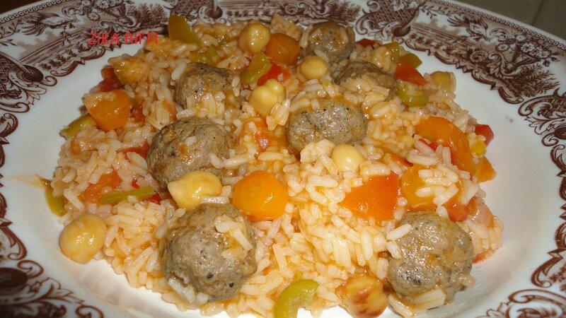 Riz aux boulettes et petits legumes cuisine de zika for Plat facile et convivial