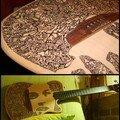 Guitare Godin - Dessin à l'encre (marqueur) - Visage: David Gilmoor (Pink Floyd)