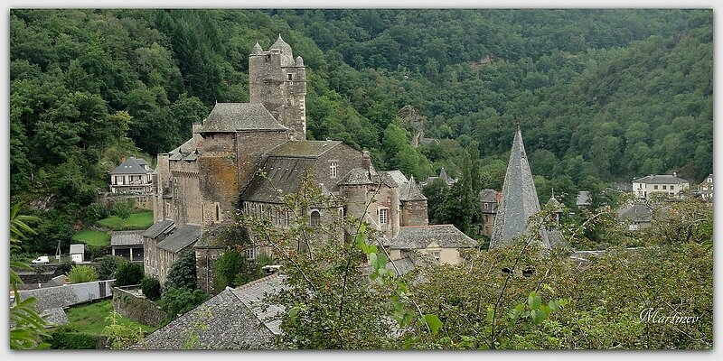 02 08 020 Estaing (Aveyron) (21)1