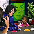 michael-jackson-invincible-signing-virgin-megastore-hq-2244