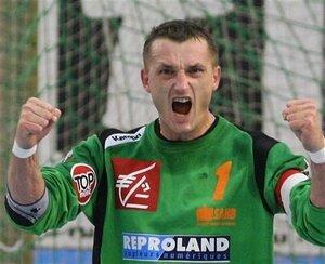 Pour sa derniere saison de handball Francis Franck a fait l'unanimite cette annee c'etait lui le