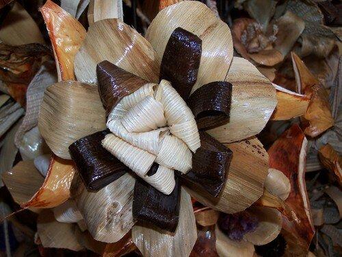 Clin d'oeil-fleur en feuille de bananier zoomée