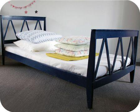 lit enfant vintage l 39 atelier du petit parc. Black Bedroom Furniture Sets. Home Design Ideas