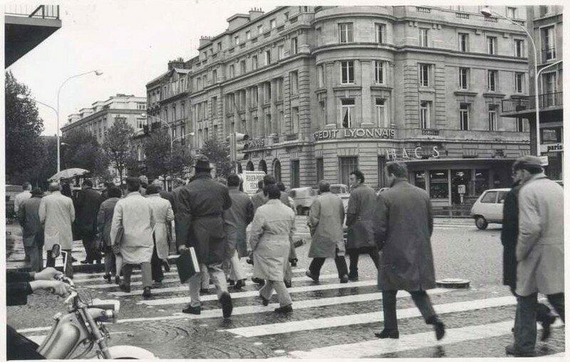 Scenes de rue la fin des ann es 70 place de l 39 hotel de ville le havre en photo - Photo annee 70 ...