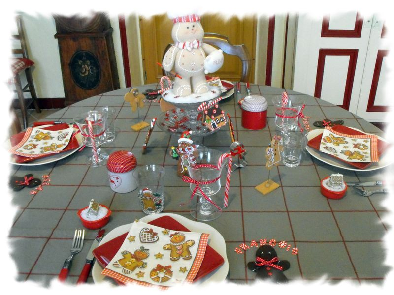 Table bonhomme en pain d'épice 003
