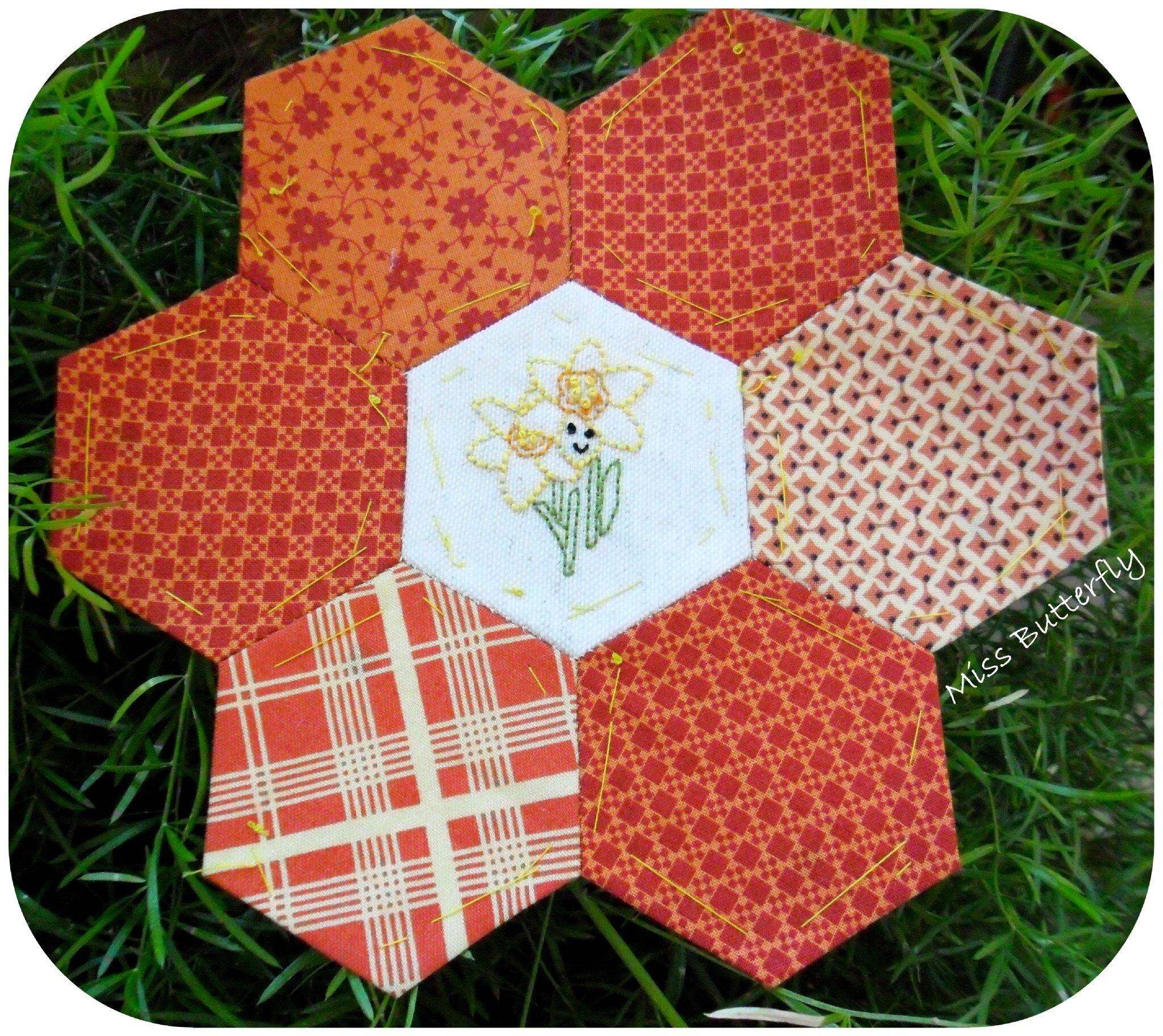 Spring Stitching club Daffodils