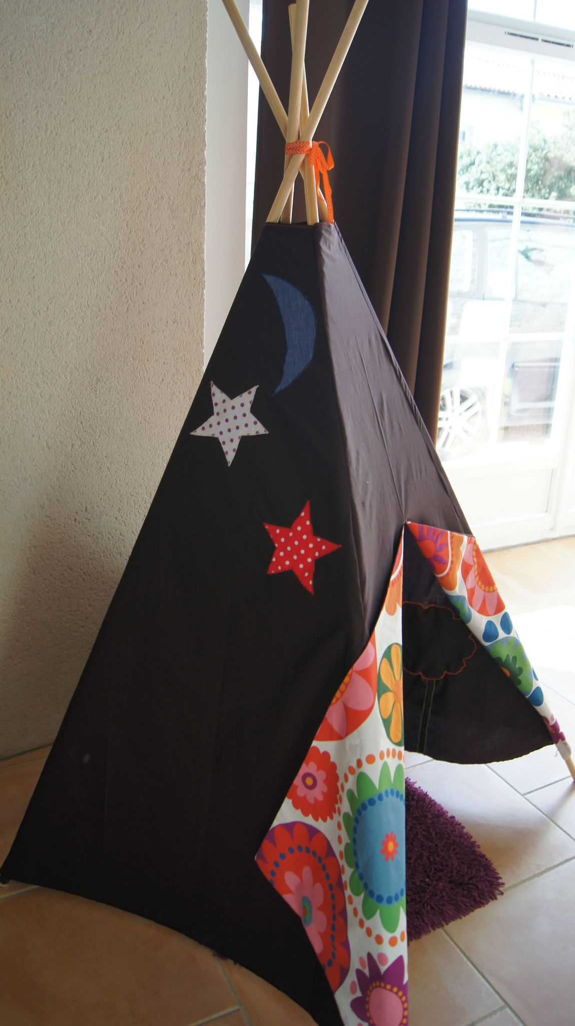 un tipi pour mon arriv e mes petits riens addicts. Black Bedroom Furniture Sets. Home Design Ideas