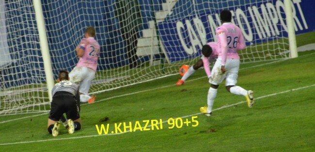 005 1177 - SCB 2 Evian 0 - Les buts - 2013 12 01