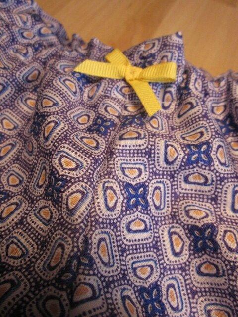 Culotte BIANCA en coton imprimé carrés bleu - noeud de sergé gros grain jaune (1)
